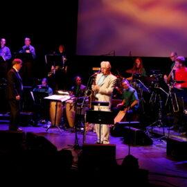 Smakebiter fra Latin Lover Big Band med Hector Bingert