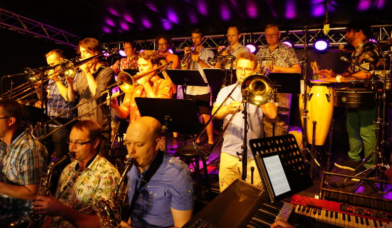 Prime Time Orchestra Goes Latin